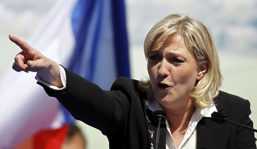 French Socialists seek to prosecute Le Pen for tweeting pictures of ISIS